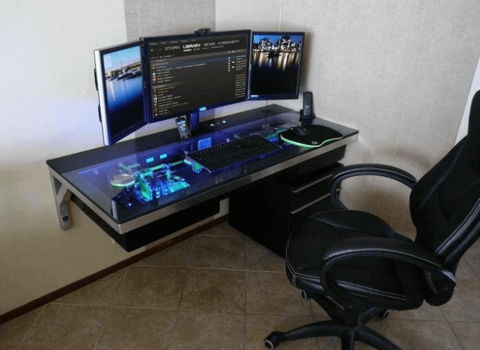 How to Pick the Right Gaming Desk